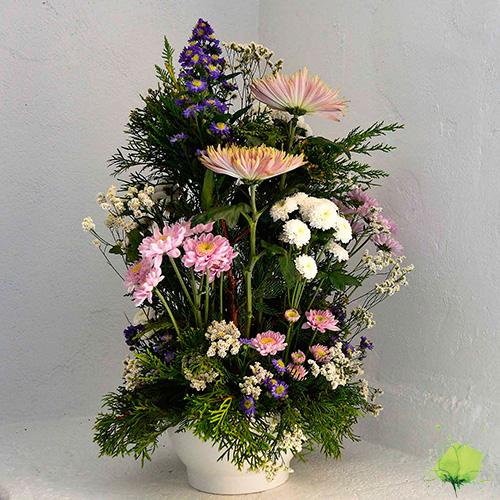 Tumba vertical en color blanco, rosa y fucsia