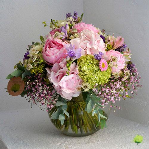 Composición Floral en Cristal