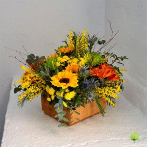 composicin floral con madera - Composiciones Florales