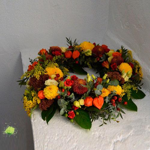 Corona Floral para el Día de Todos los Santos