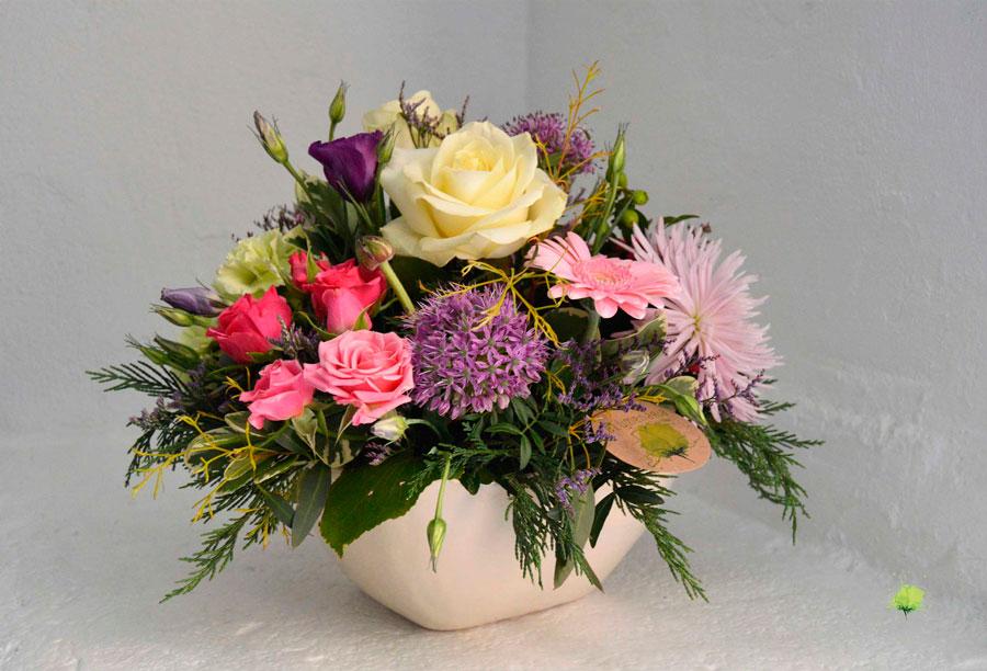 composicion-floral-en-ceramica-blumenaria