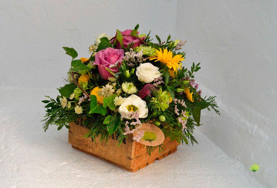 composicion-floral-en-madera-blumenaria
