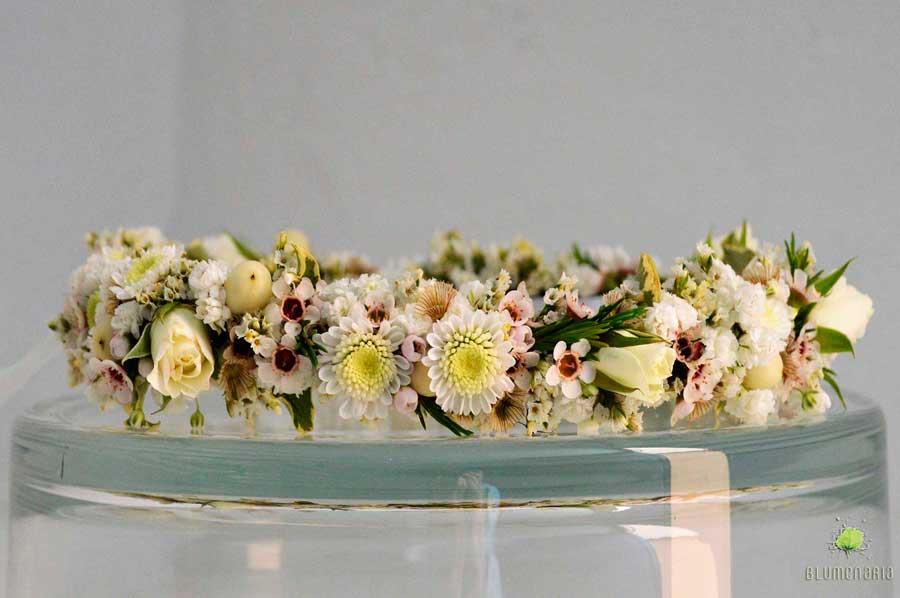 Corona de Flores para Elvira - Blumenaria Taller Floral