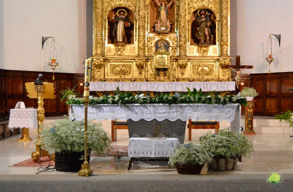 Decoración Iglesia Bautizos y Comuniones - Blumenaria Taller Floral
